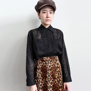 Pumpkin Vintage. Vintage hollow black roses shirt