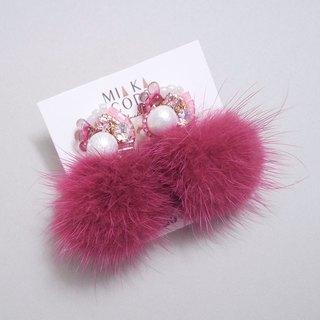 Hand-beaded Swarovski crystal cotton cotton beads pink hair ball Japanese anti-allergy ear / ear clip