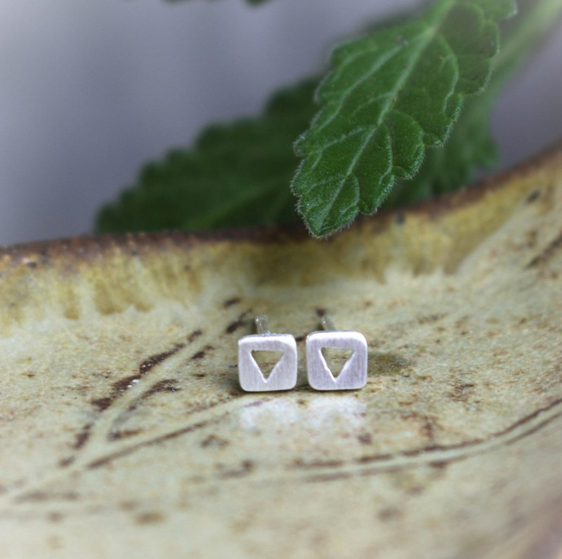 Triangle in the Box - Silver Earrings / Sterling Silver / Earrings / 耳環 / 銀