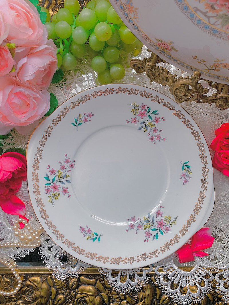 1957 British Royal Grafton hand-painted floral afternoon tea cake plate