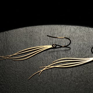 Golden Breeze Earrings (Gold)
