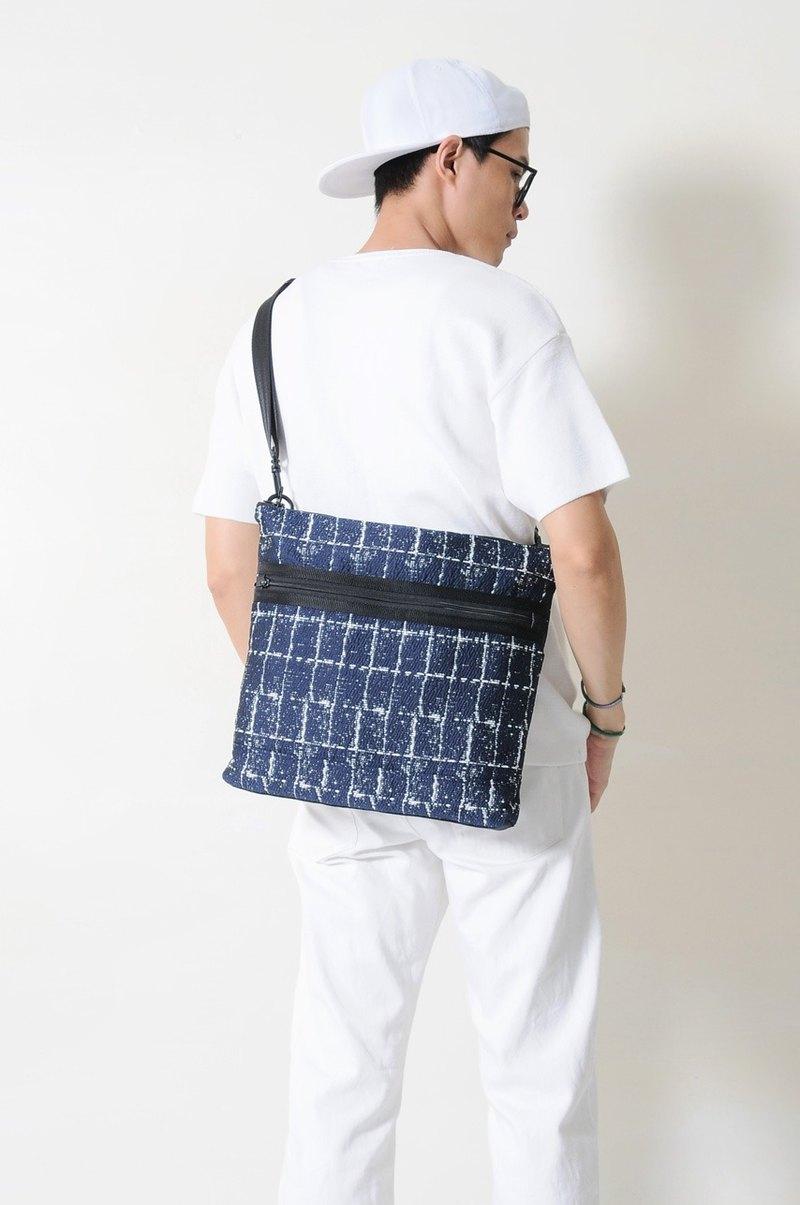 夏季旅行 SAPPHIRE-手做格紋棉布斜側揹/筆電包