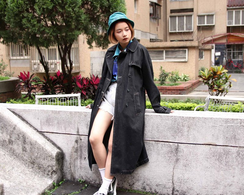 Tsubasa.Y ancient house dark black denim long coat, denim long trench coat for men and women can wear
