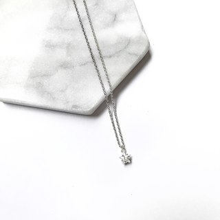 DiamondMax shining zircon Silver Necklace