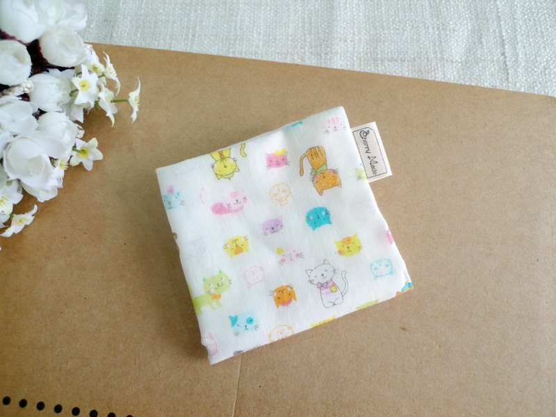 Cotton gauze handkerchief / saliva towel / small square - color 喵喵 (white)