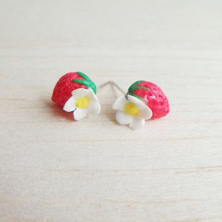 Strawberry white flower sterling silver earrings / ear clip