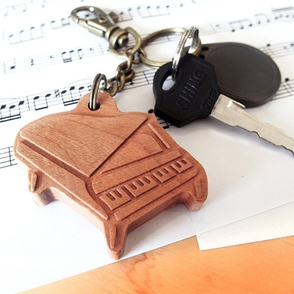 [Musical instrument series] Piano key ring // Cherry wooden key ring pendant