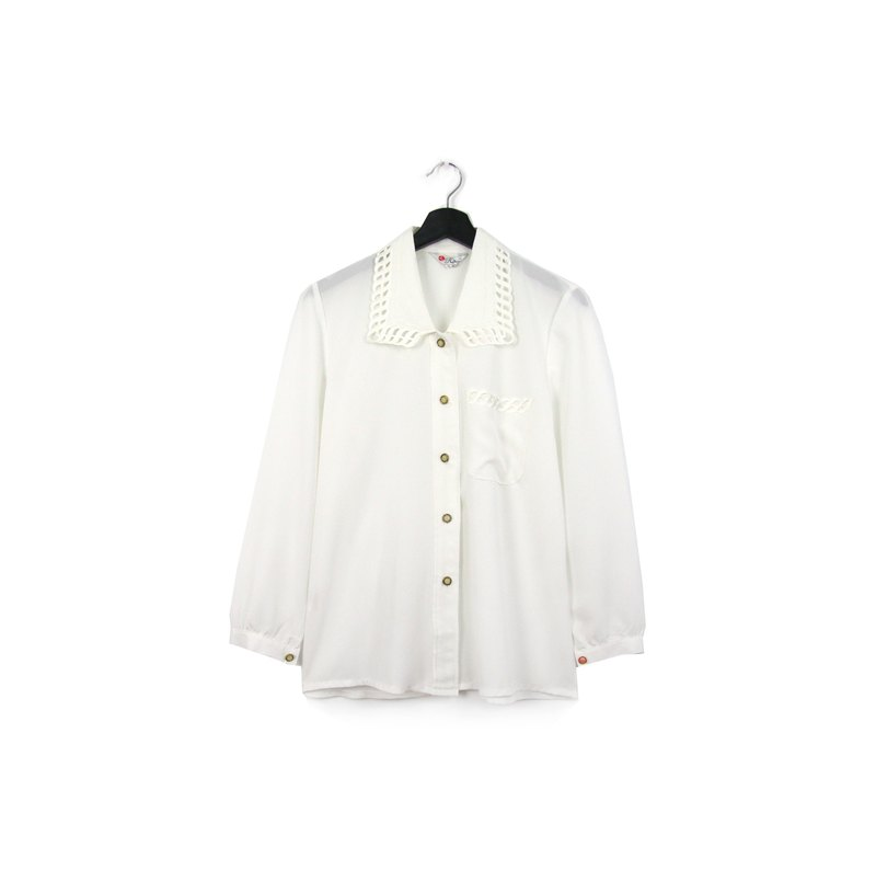 Back to Green:: Japanese and silky white shirt wave pattern // vintage shirt