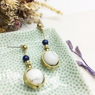 Old forest groceries l natural stone brass earrings turn white white stone / blue sand stone ear hook l ear pin l ear clip