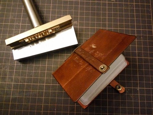 Leather card card (lettering)