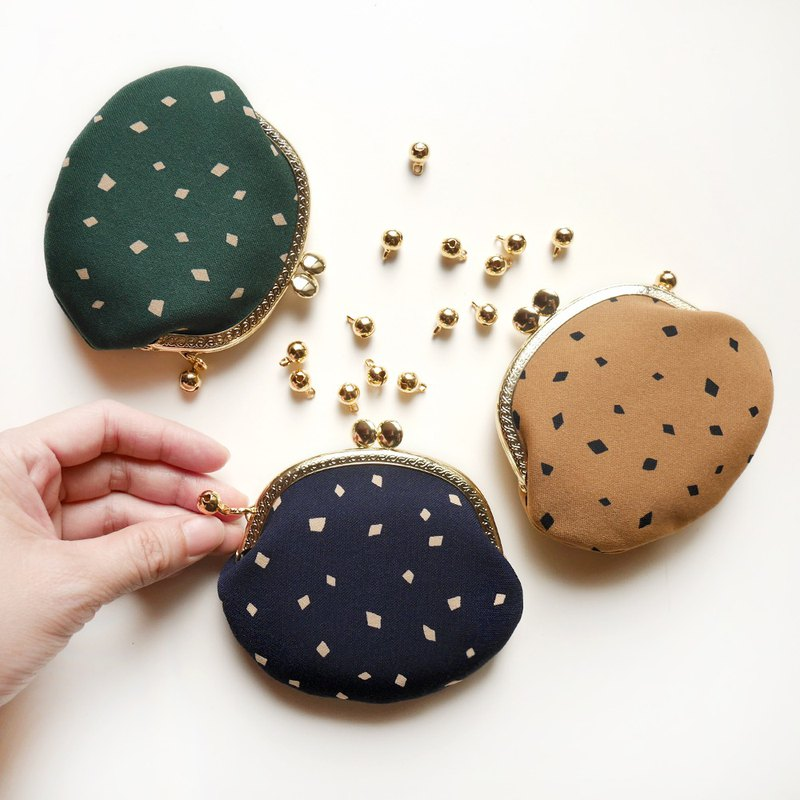 Fairy grass coconut fruit small round gold bag / coin purse [made in Taiwan]