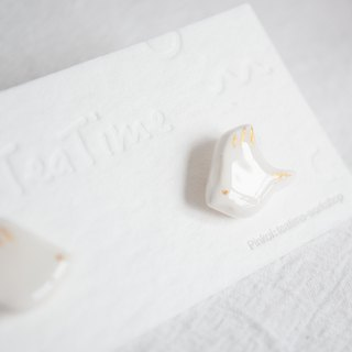 Teatime -  White Bird - Ear Studs