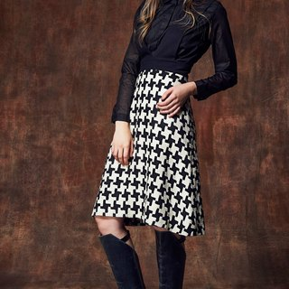 YUWEN black and white Houndstooth A word skirt suspenders