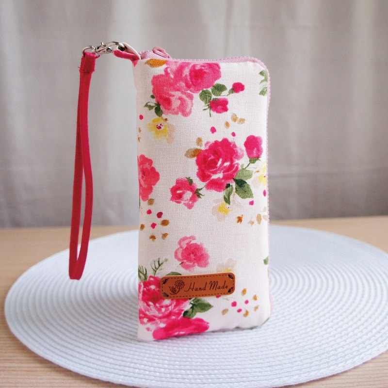 Lovely [Japanese cloth] light pink rose phone bag, glasses bag, 5 吋 half available