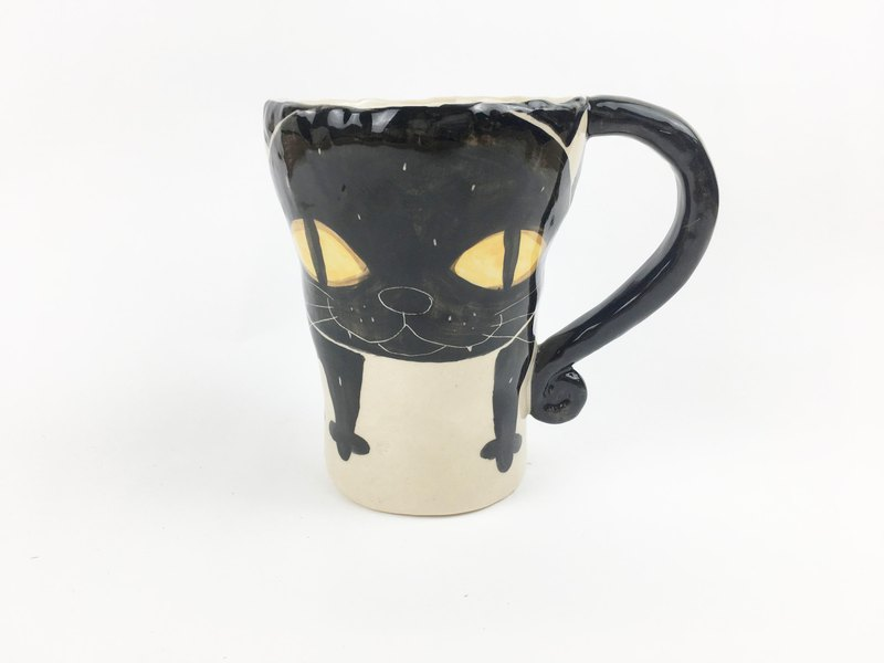 Nice Little Clay handmade bell cup_ big black cat 0101-27