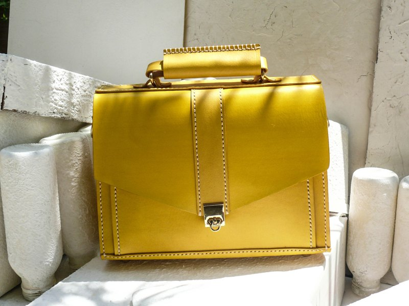 Not hit the package Lemon yellow vegetable tanned leather full leather small briefcase