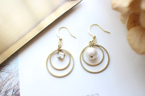 Bubbles-zircon brass cotton pearl earrings