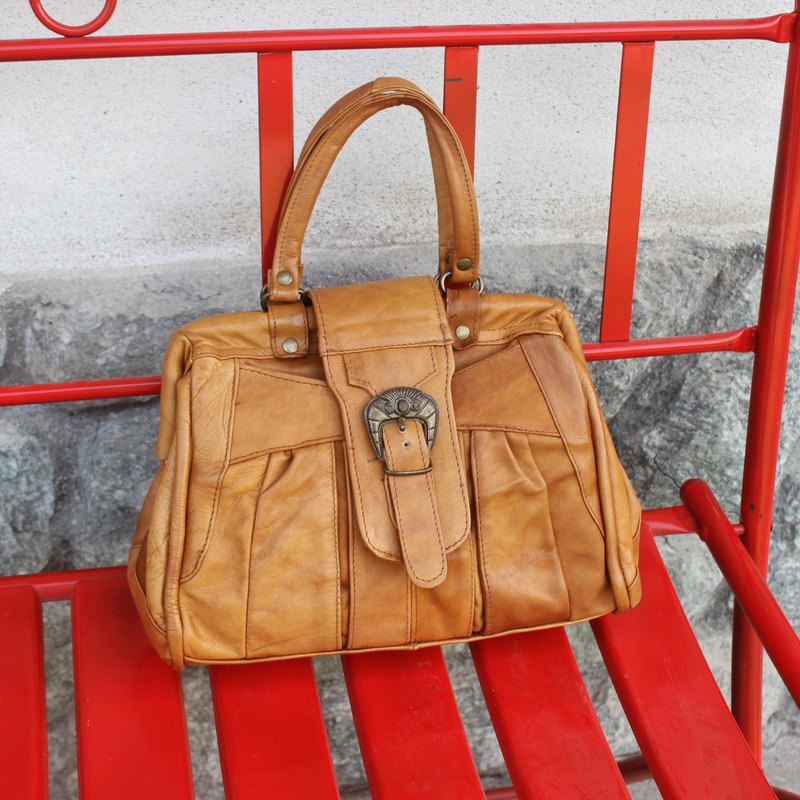 Vintage Italian Light Brown Tote (Birthday Gift / Christmas Gift / Exchange Gift)