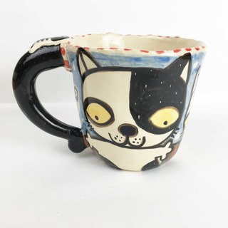 Nice Little Clay handmade mug black and white cat 0103-16
