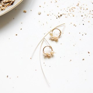 Simple Pearl Pearl Long Earrings / Modern Pearl 14KGF long dangle earring