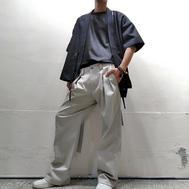 Neutral khaki discount wide pants (male) Ray77 Galaxy