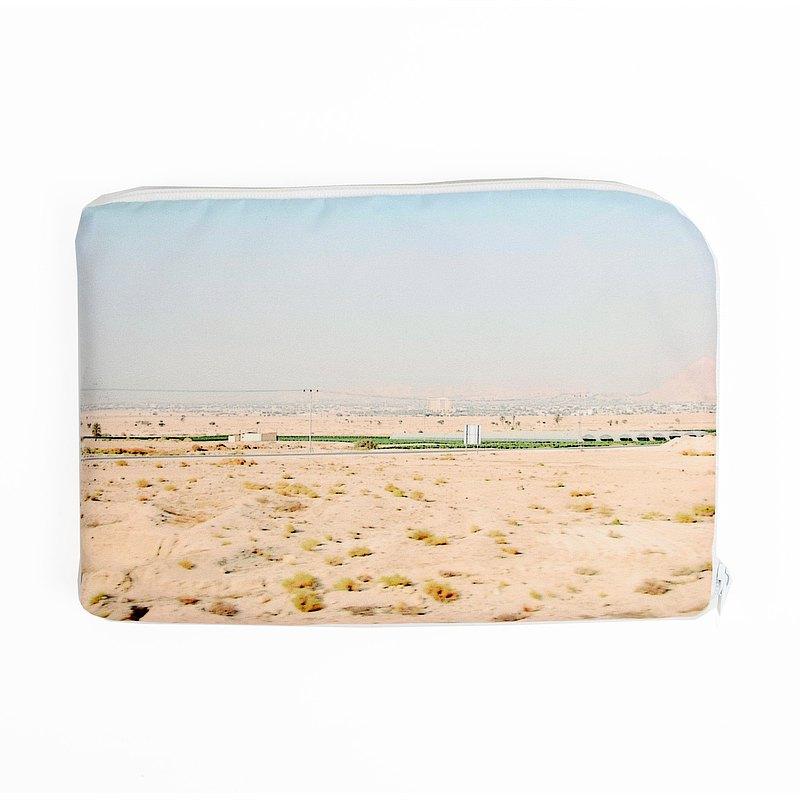 以色列沙漠---行動電源。硬碟保護套(附1個皮革集線夾)