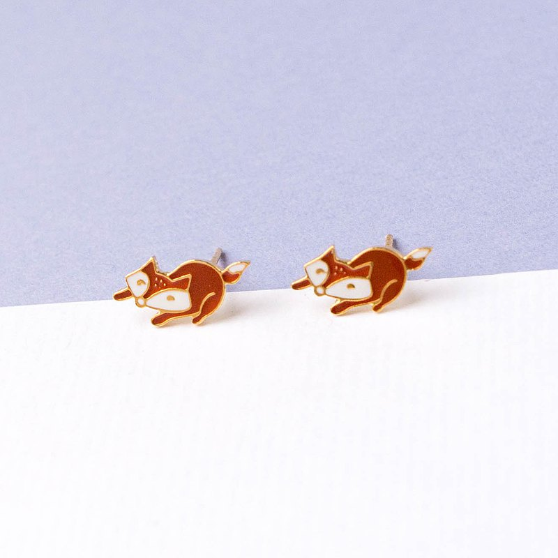 Doing nothing fox world-weary small animal earring ear clip
