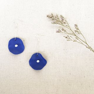 Handmade Clay Lotus Leaf with Pearl Earring - Navy Blue