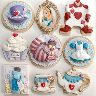 Alice Fondant Cake (9-piece set)