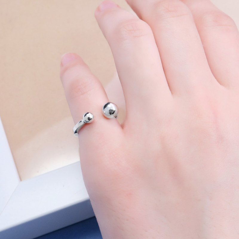 Small round series three-dimensional small round sterling silver ring (live surrounding models)