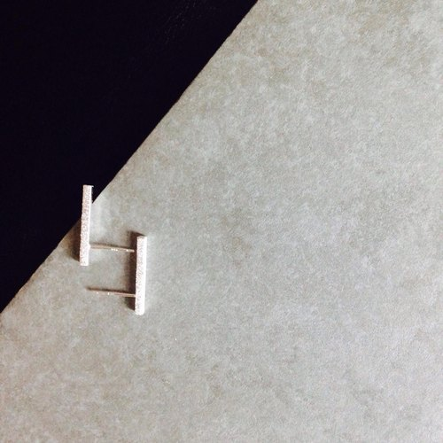 [PURE COLLECTION] - minimalism. Square columns. 925 sterling silver earrings (single Sold)
