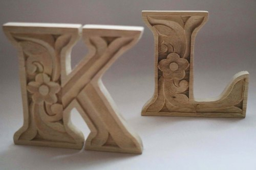 Woodcarving English text KT