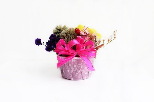 Pink ribbons mini small dried flower pots / Get a customized skin graft