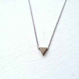 Small personality - triangular stainless steel necklace