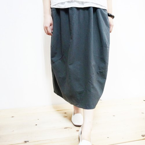 [MIT] Qi Wu eight 〇x eighth stitching cotton elastic skirt (gray)