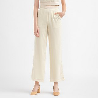 VACAE Flank Buckle with Straight Legs and Trousers