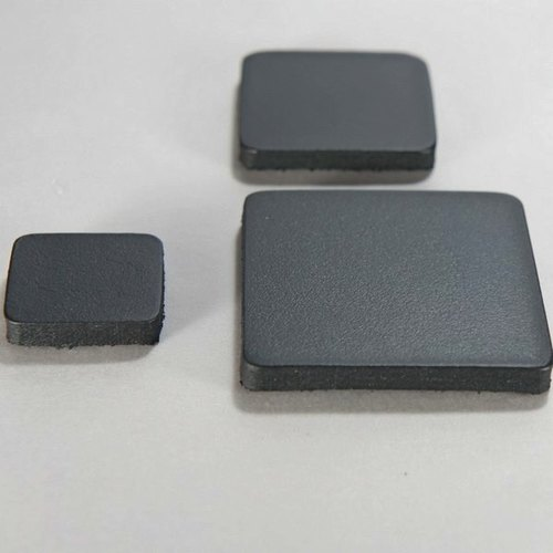 Magnet leather leather square side length 2 cm