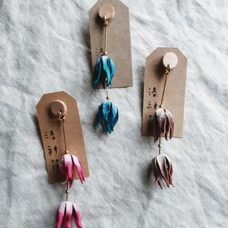 Luoshenhua earrings _ hand-dyed leather