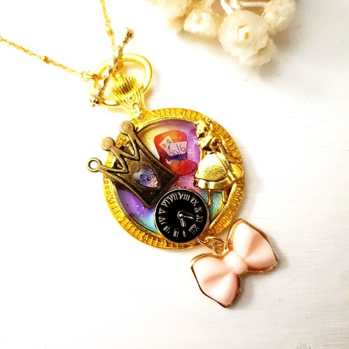 Alice in Wonderland x 14K Gold Necklace / Alice x Clock x Star