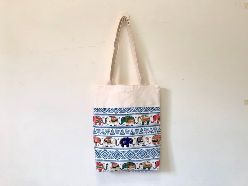 Totem small elephant blue wind shoulder bag / tote bag