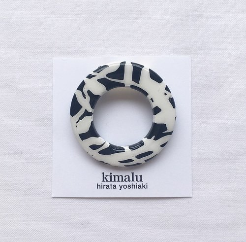 [Small] marble brooch