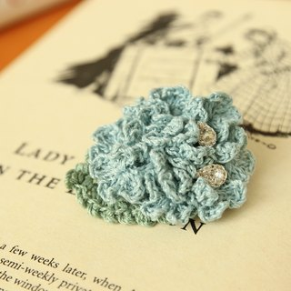 Hydrangea Corsage Brooch pin with crystal mini flower---Blue