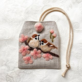 amulet bag of Sakura and sparrows