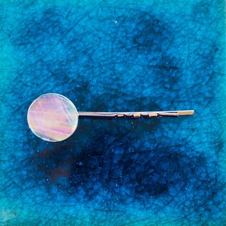 pearl opal bobbypin (clear)