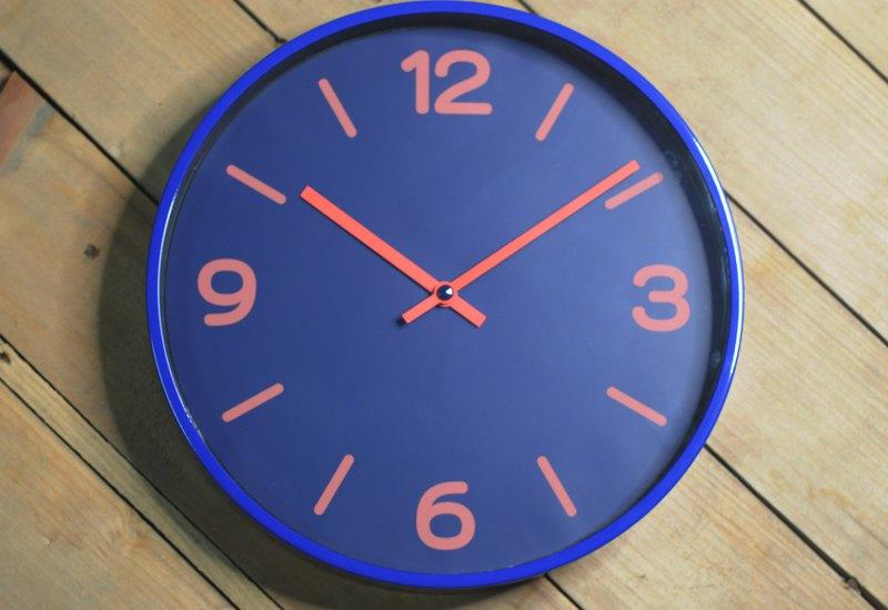 Modern - 滿滿的浪漫藍深色掛鐘時鐘靜音