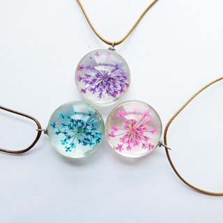Monochrome snow beads flower glass flower necklace