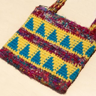 Christmas gift natural wool crocheted messenger bag / backpack / shoulder bag / shoulder bag / bag - Sari line trigonometry Hill totem