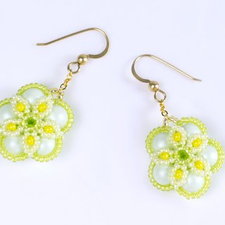Green yellow flower earrings, swarovski pearl jewelry, beaded earrings, 384