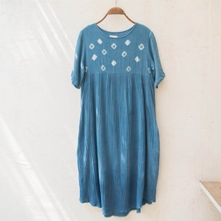 polka dot dress | indigo dyed soft cotton | 03