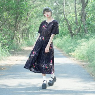 Black pyrotechnic flower short-sleeved vintage dress